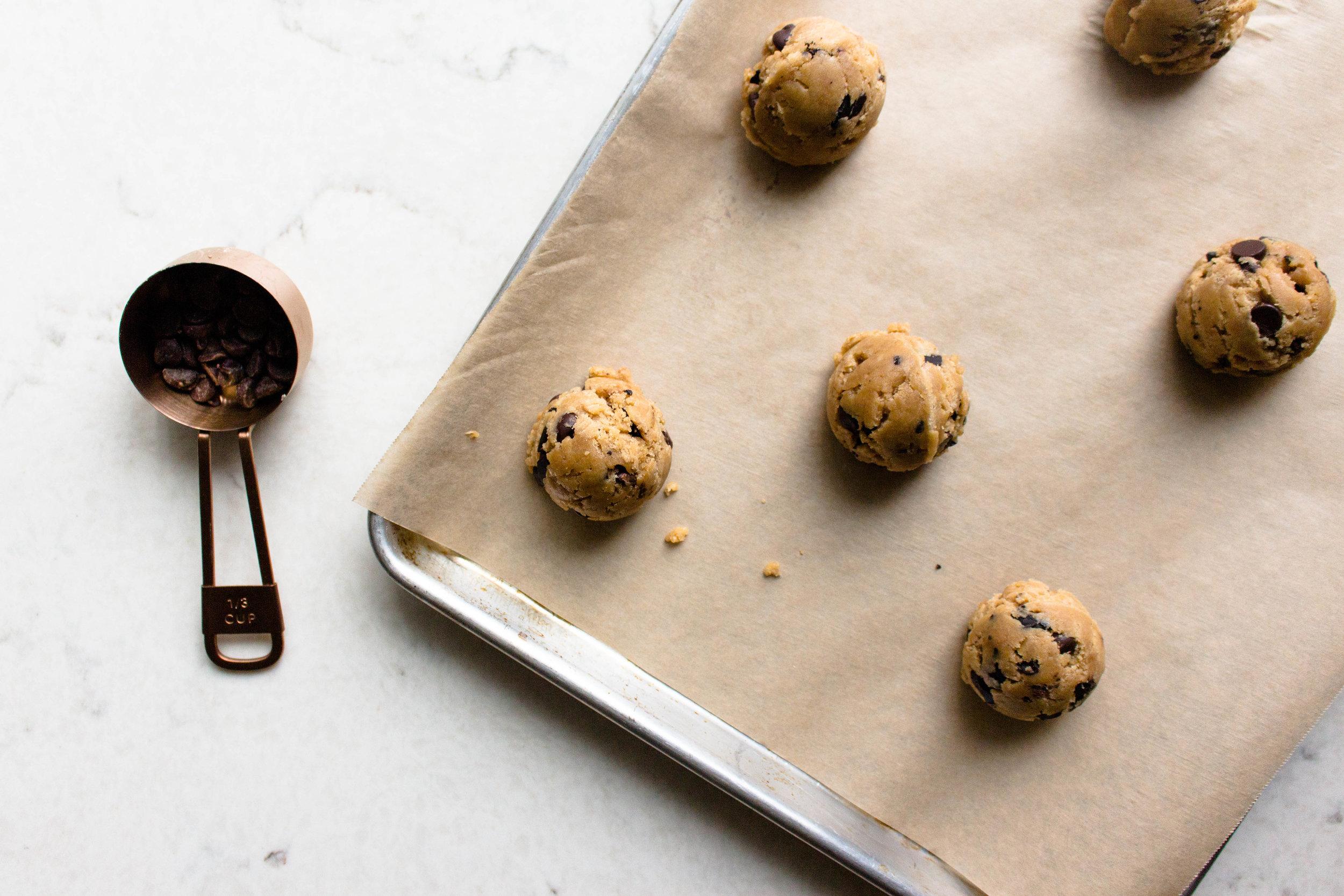 peanut butter chocolate chip cookies-12.jpg
