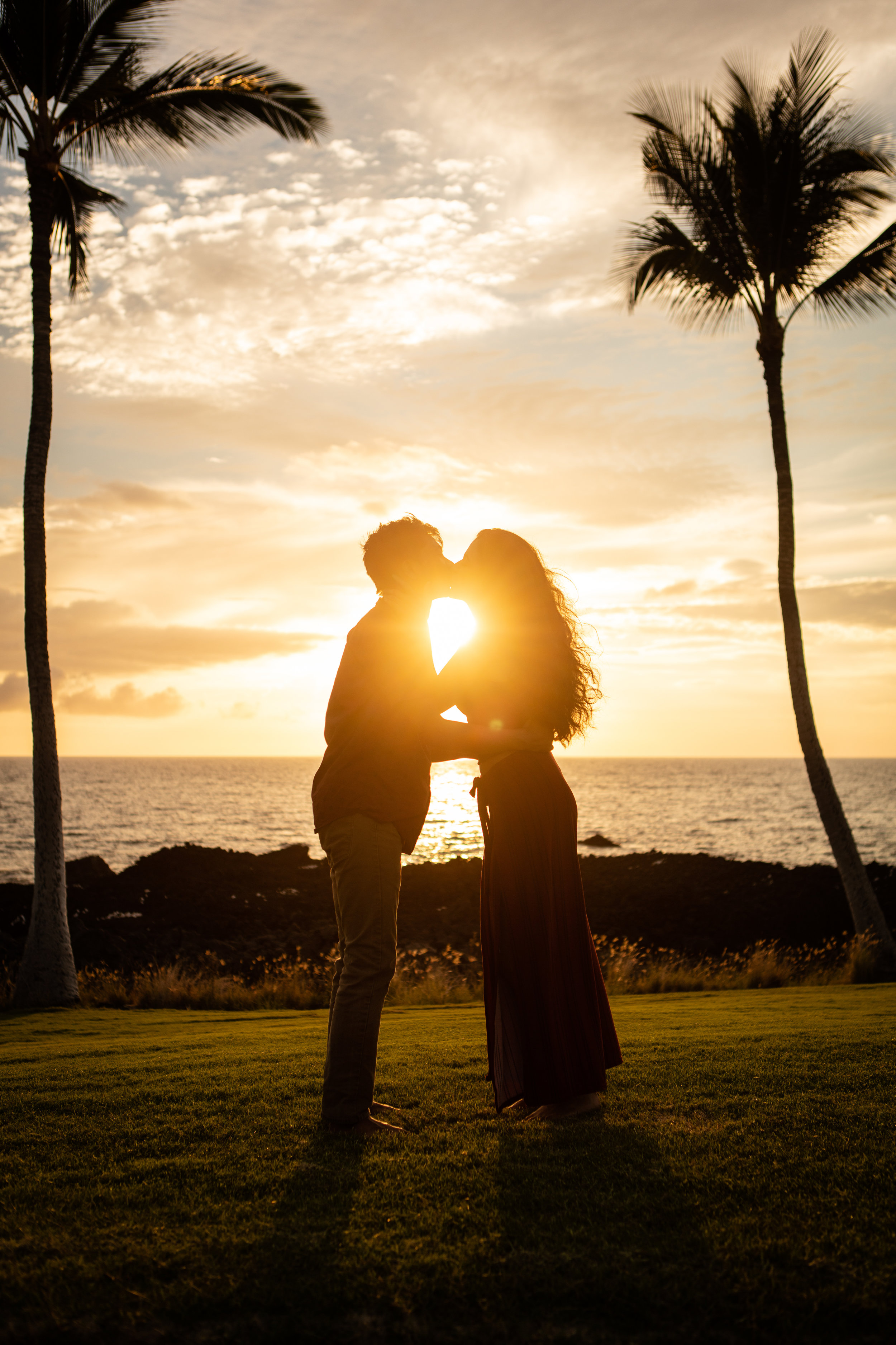 Model: @annelisegibson & @christian.bon  Camera setup: Canon 5DS with 24-70mm f2.8  Location: Kona Hawaii