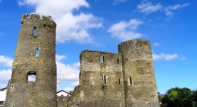 Why not combine a look at our local heritage with your #freedomfit goals with a tour of Ferns and medieval sites at 11am on the 16th of Feb? . . .  This guided walk will focus on the area around the Cathedral and Abbey, an area rich in Christian/Medieval history with monuments of national importance and stories from the arrival of St. Aidan in the 6th century to the arrival of the Normans in the 12th. #freedomfitnorthwexford #fitness #health #fun #wexford #gorey #familyfit #local #freedomfitevents #lovegorey #visitwexford #irelandsancienteast #heritage