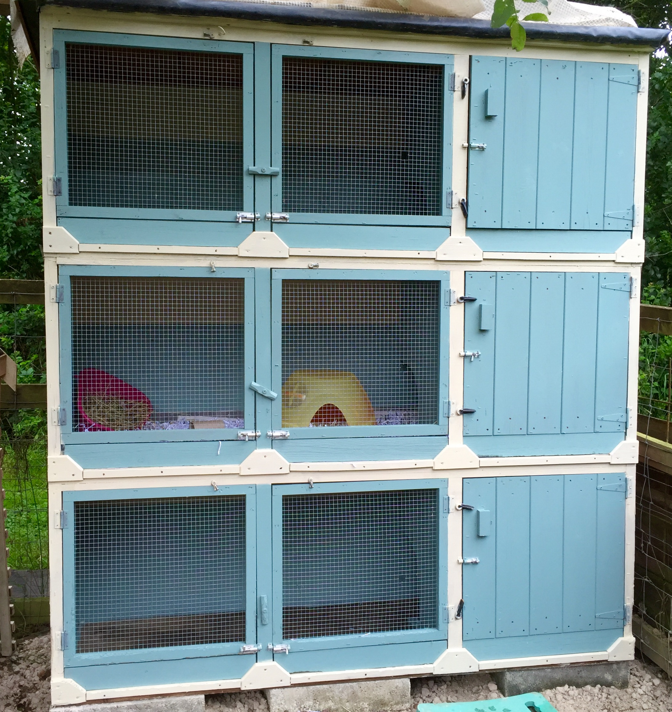 Our 6ft guinea pig hutches
