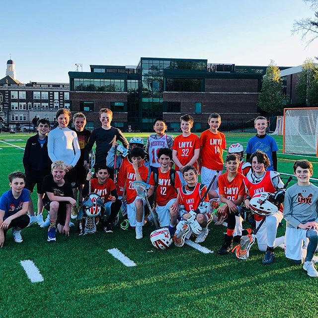 The 2W 2026 boys battled yesterday in spring ball - LMYL vs Greenwich showdown! With the win, LMYL crew will have the bragging rights this summer.✌️#2w2026 #2wlacrosse #lax #lacrosse