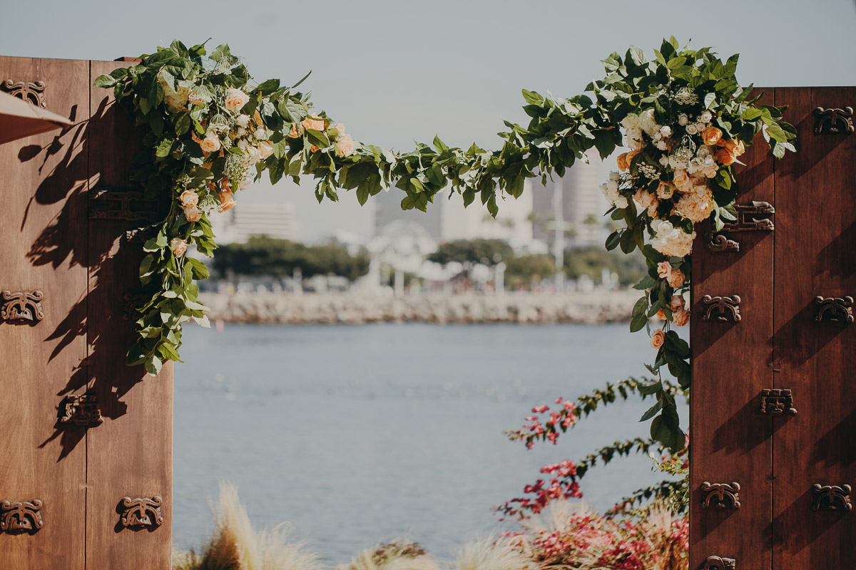 4 garden-wedding-entrance.jpg