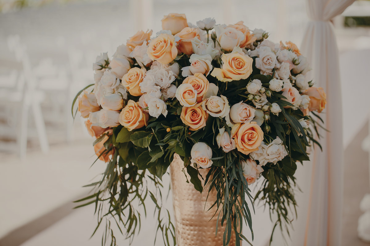 6 peach-wedding-arrangement.jpg