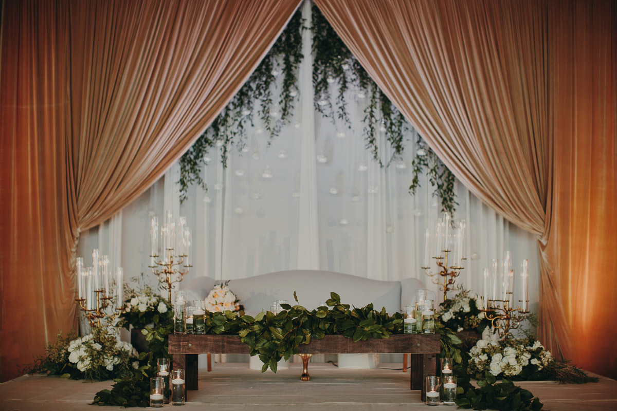 7 romantic-garden-style-sweetheart-stage.jpg