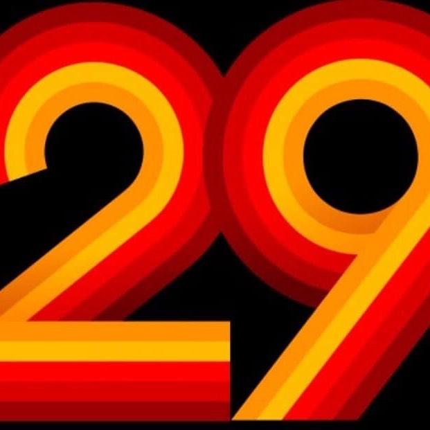 29 klubber er til nå representert på årets basketskole 👏👏 Fortsatt leder EB85 med 44 deltakere. Asker= 30 Sandvika= 20 TNT= 20 Ullern= 20.  Kommer DU?