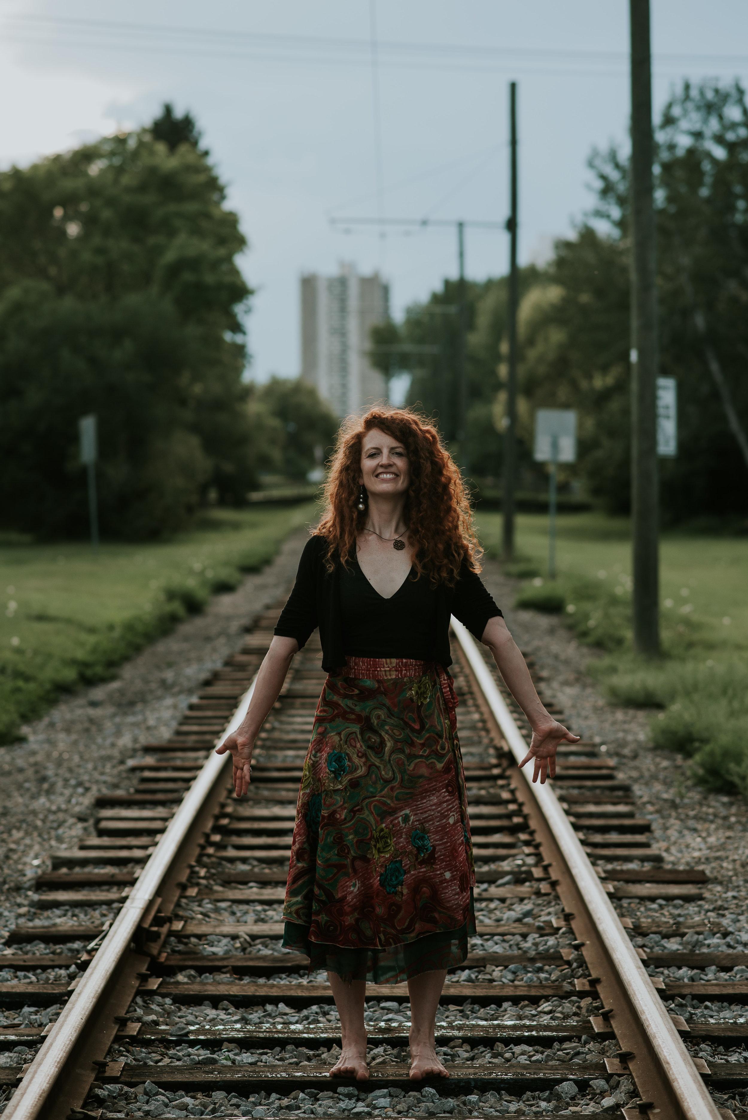 tracks.jpg