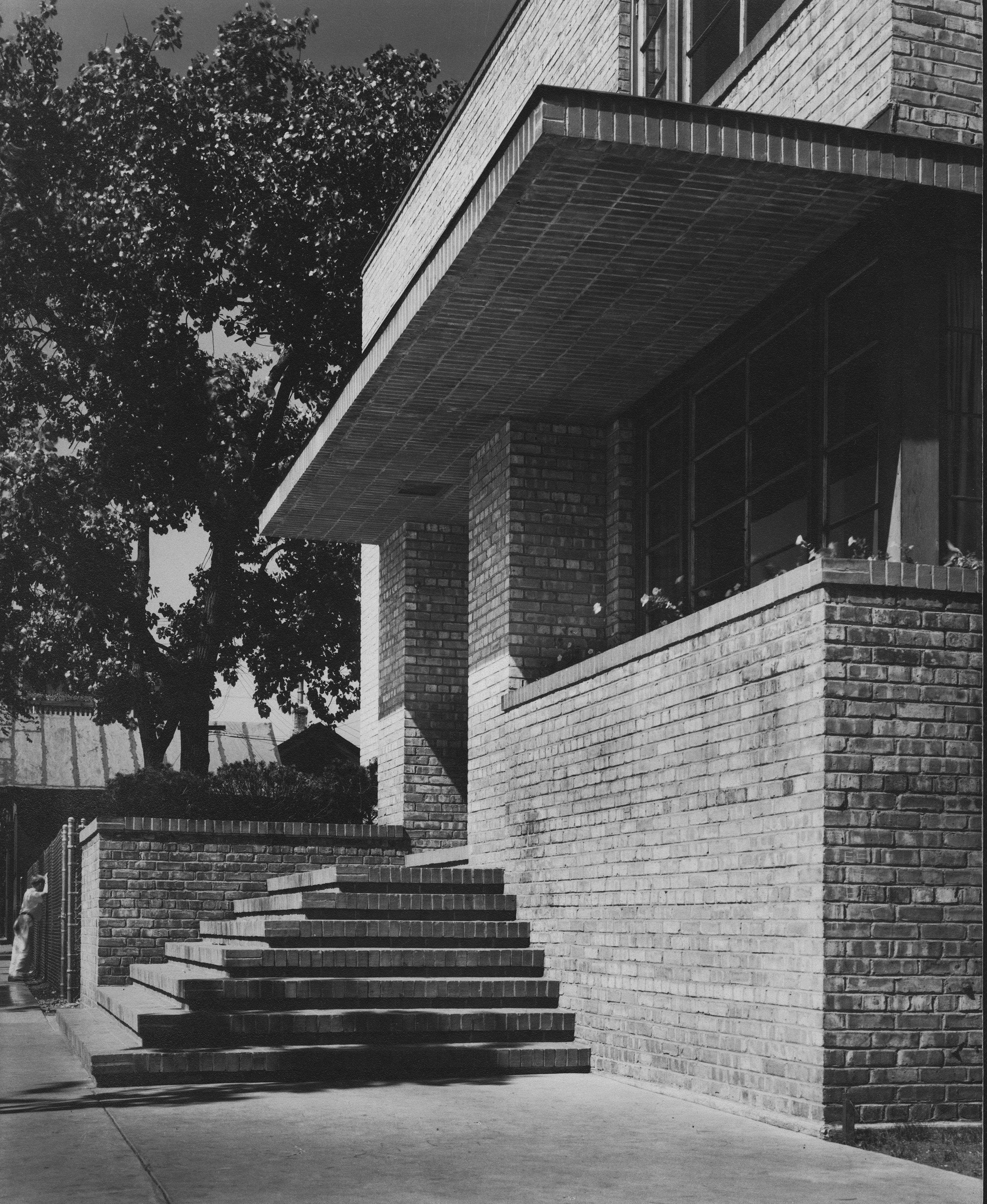 emerson settlement house_b+w_2.jpg