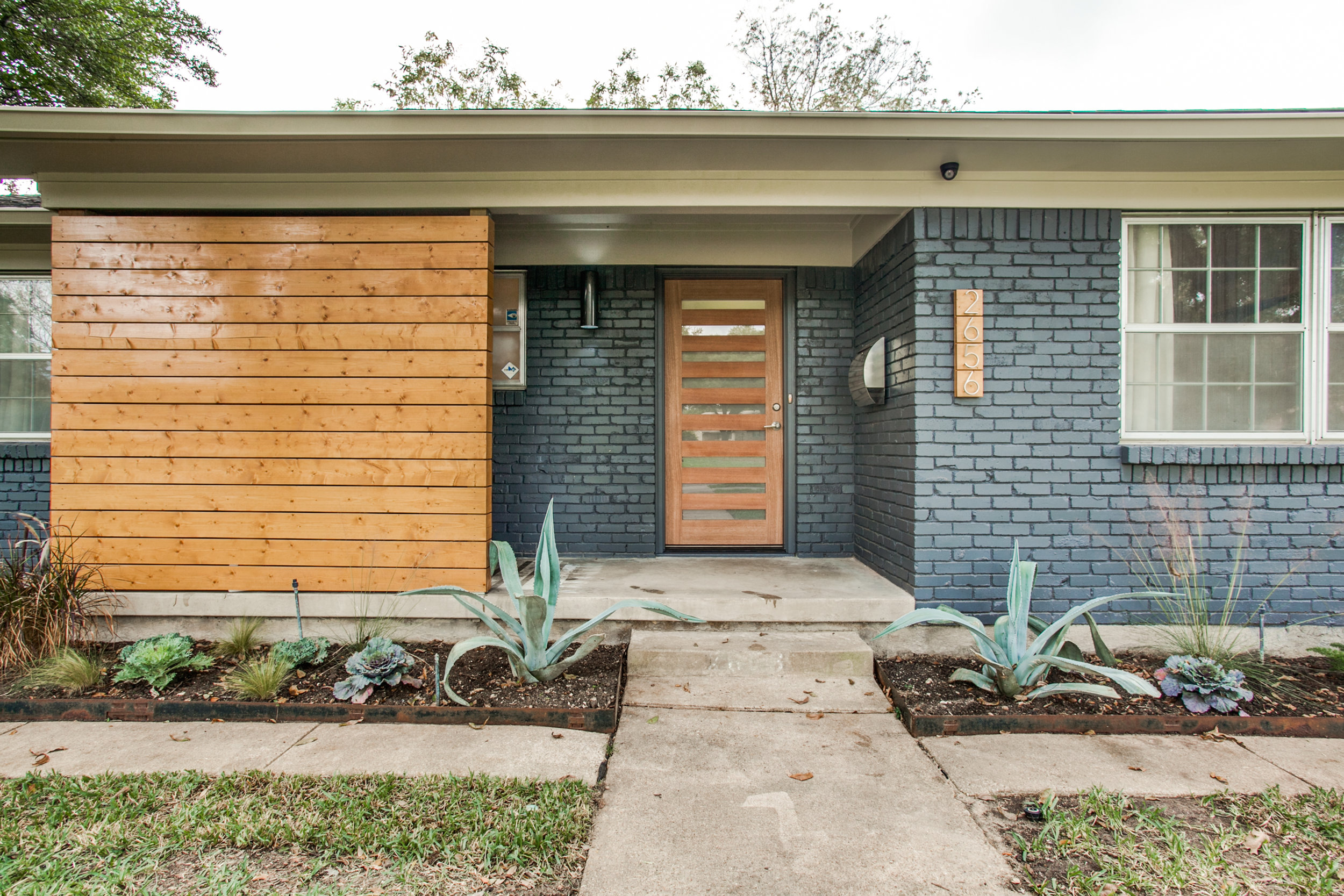 Nail & Key Real Estate Group sold this adorable 3-bedroom home (2656 Dorrington, Dallas) recently for $297,500!