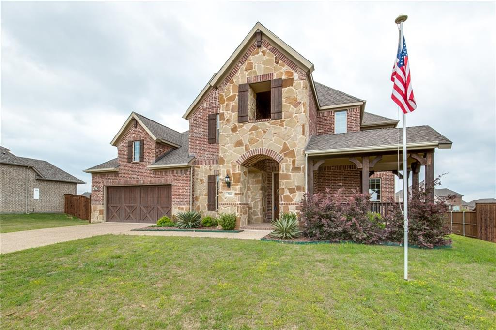 200 Thoroughbred Dr, Hickory Creek