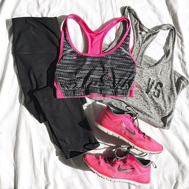 Sharing some of my fav summer workout gear on the blog today!!!💪🏽 {LINK IN BIO} Prices for every budget!!🙌🏼🙌🏼🙌🏼 Head over to the blog to check it out, link in my bio!!💗💗 . . . . . #workit #workitgirl #workout #fitness #workoutattire #gymclothing #workoutmotivation #lifestyle #lifestyleblog #lifestyleblogger #lifestyleblogging #style #styleblog #styleblogger #styleblogging #Fashion #fashionblog #fashionblogger #fashionblogging #beauty #beautyblog #beautyblogger #beautyblogging  #dearlovelies #dearloveliesblog #ootd #stlbloggers #ootdfashion #stlstyle #inspo