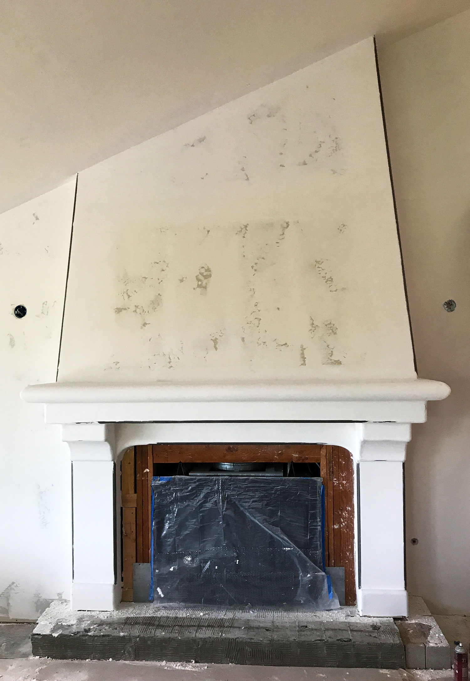 fireplace-unfinshed2.jpg
