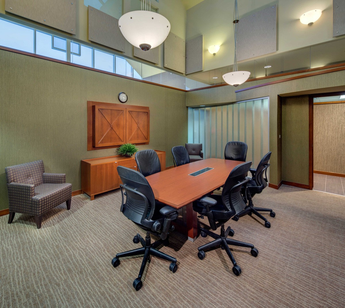 AFTER - Conference Room