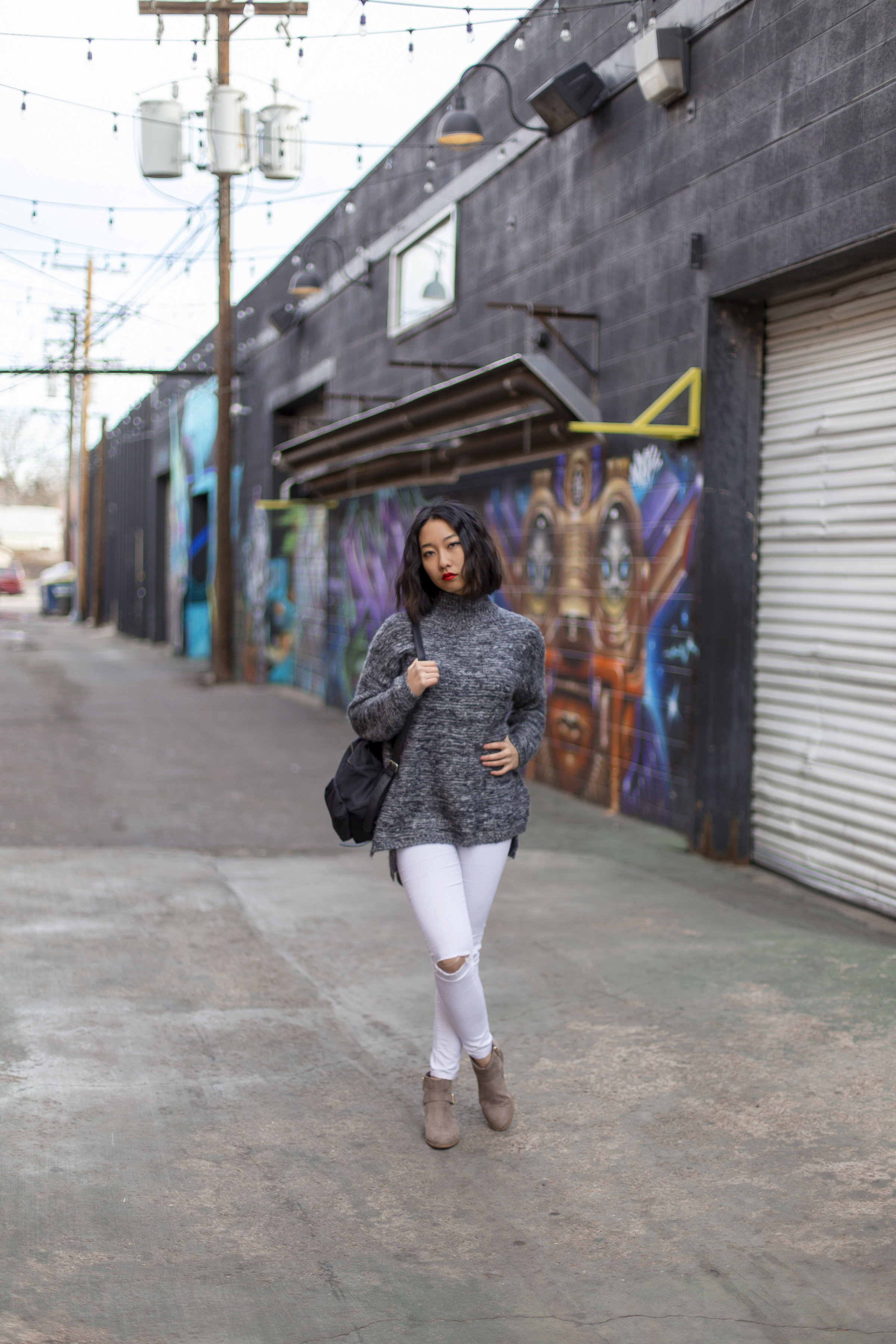Turtle Neck Sweater | High Waisted Jeans | Forever 21 Boots Tan