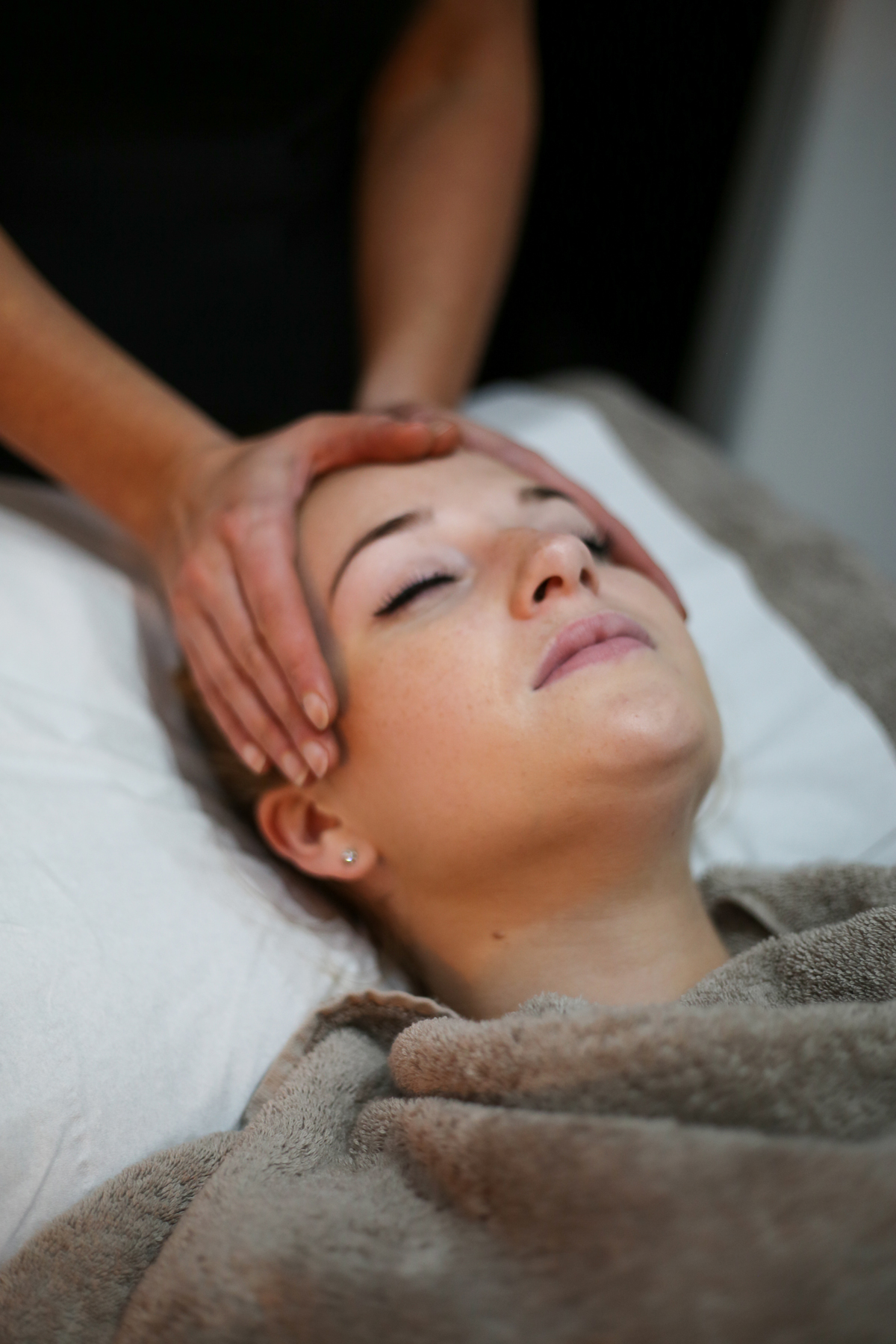 A relaxing Indian Head Massage can relieve stress