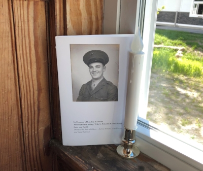 Families who donated windows viewed their brass memorial window plaques and family dedication booklets.