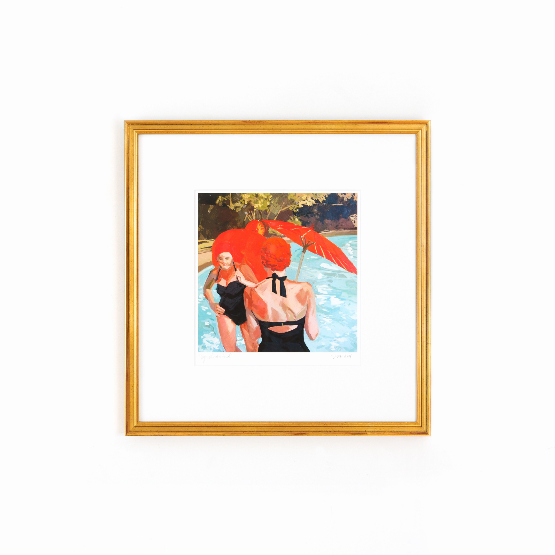Antiqued Gold Frame   Classic frame for family photos.