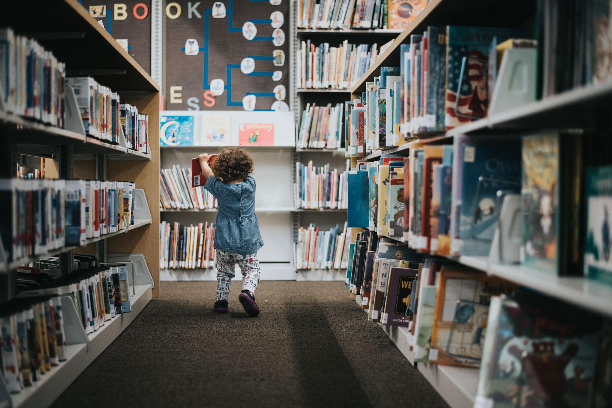 dc kid photoshoot library books