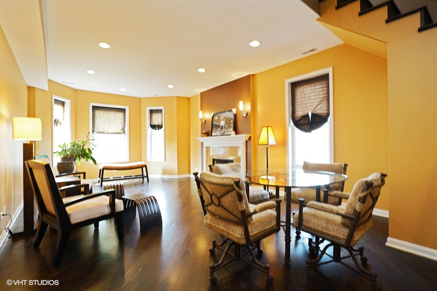 4458 S Greenwood Ave Unit 3W - $350,000 (SOLD)