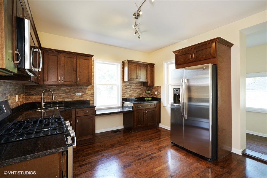 8201 S Marquette Ave (SOLD)
