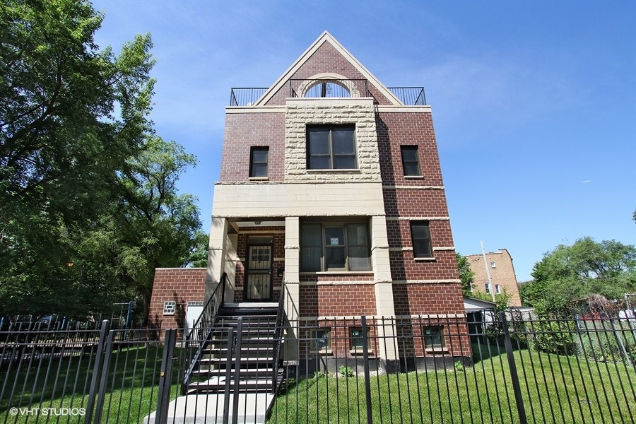 4450 S Oakenwald Ave - $549,000 (SOLD)