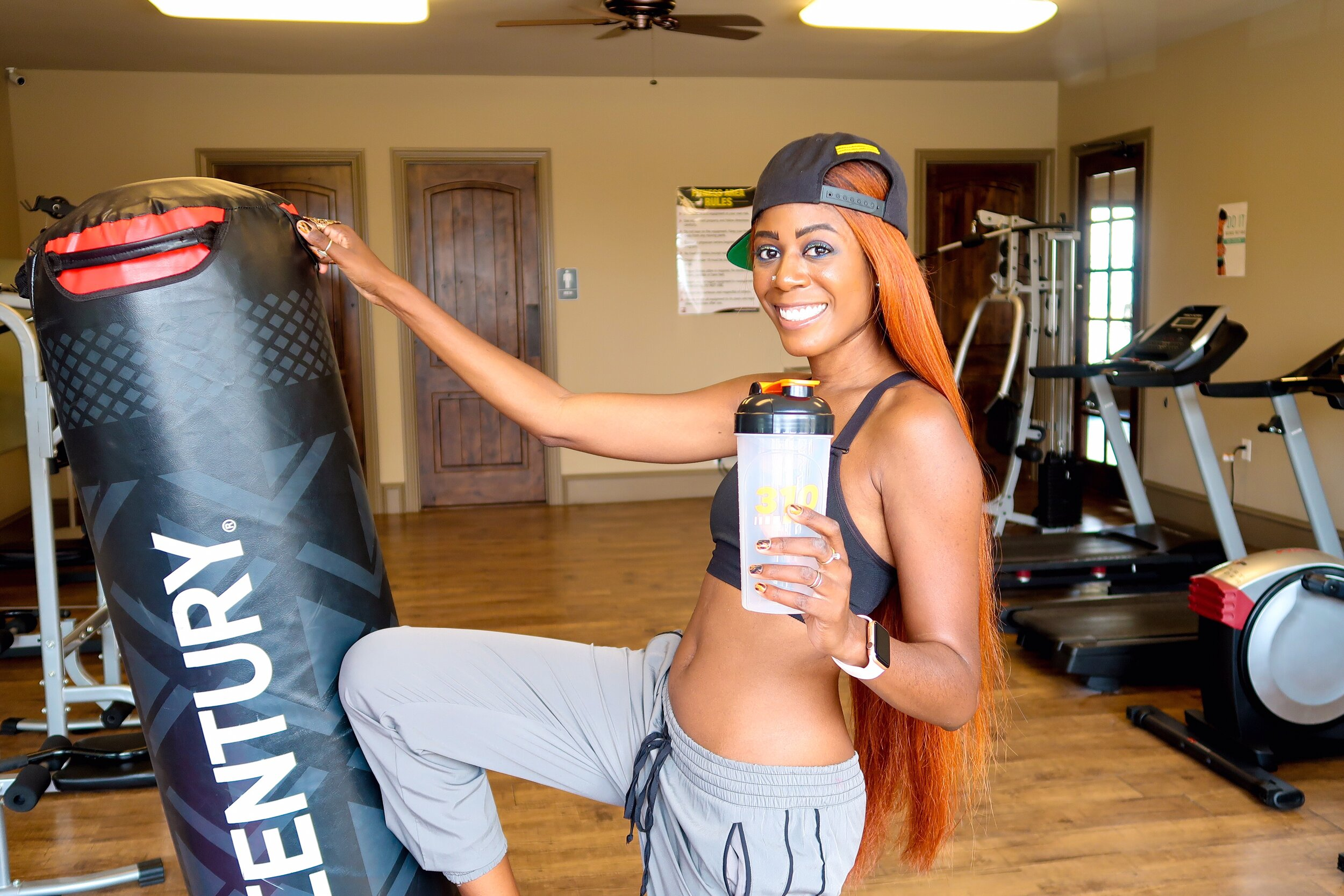 310 nutrition vs shakeology which is better.JPG