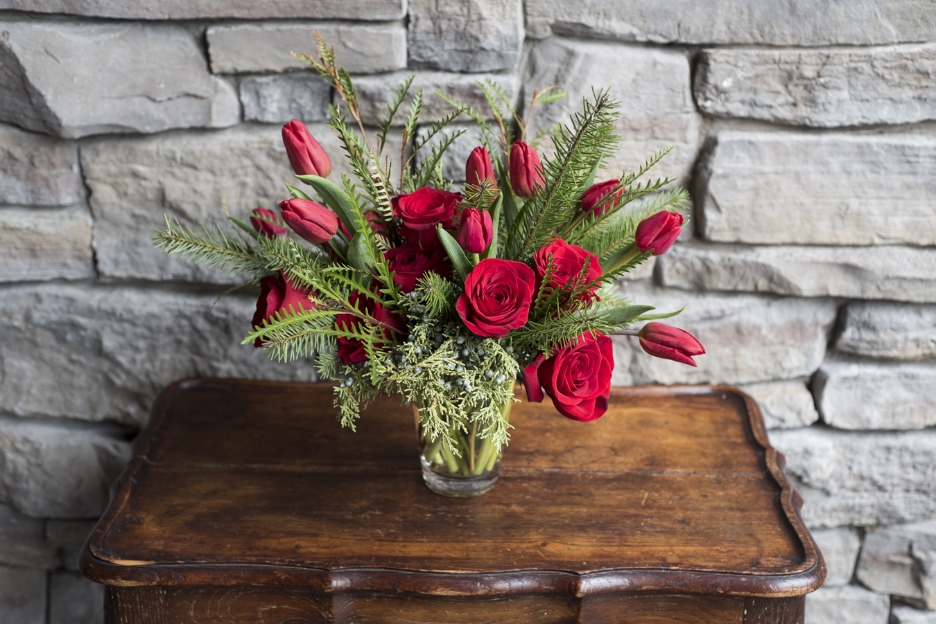 Flowers by Chloe - Floral design, bouquets and boutineers