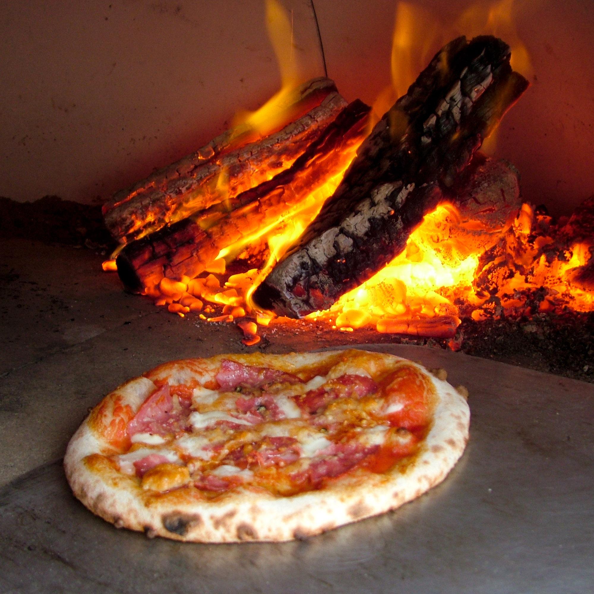 pizzainoven_4.jpg