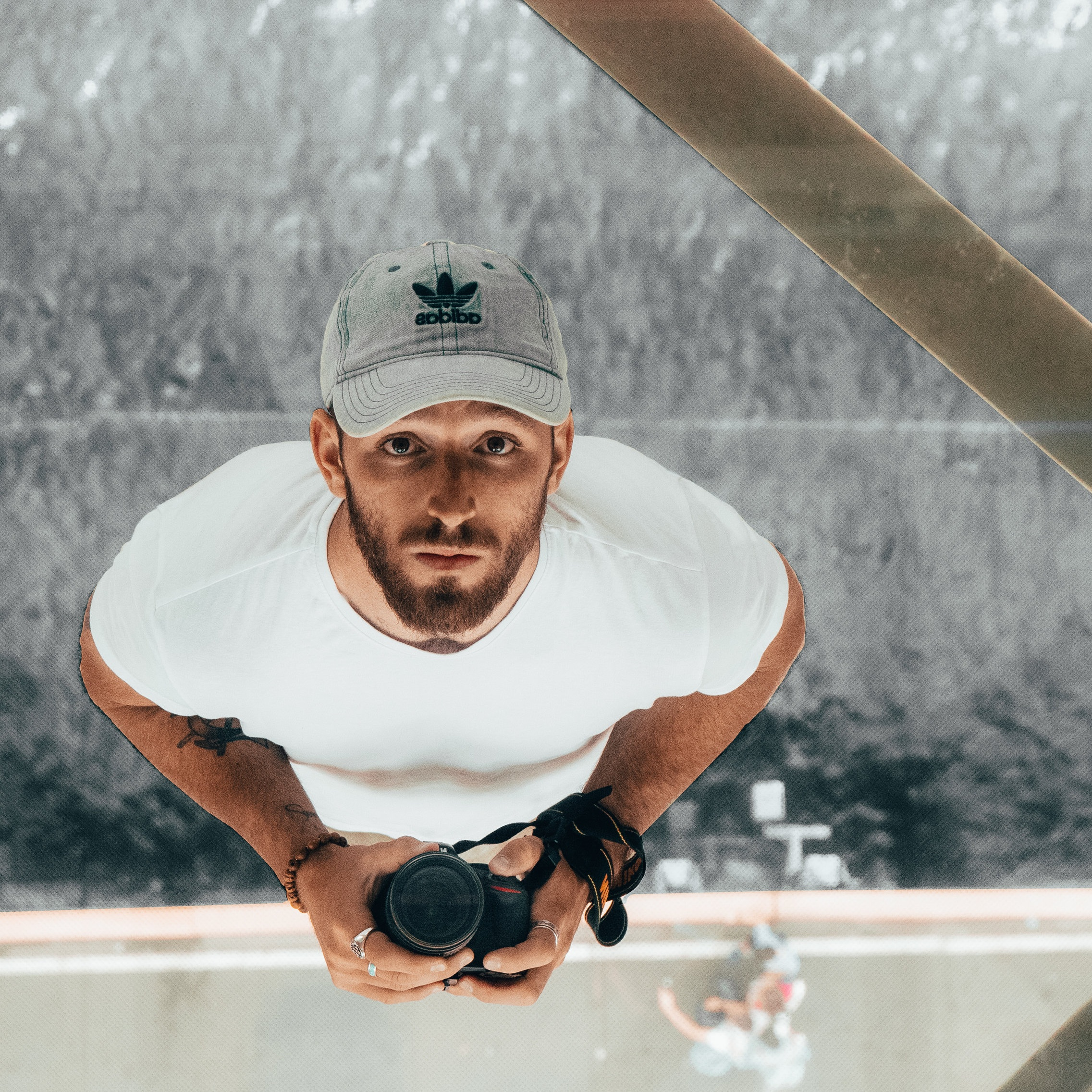 James Schneebeck - i'm a videographer & graphic artist who tricked all of my former & current employers into paying me to play with my camera. my day job is as a video producer at a startup in Boulder, CO.