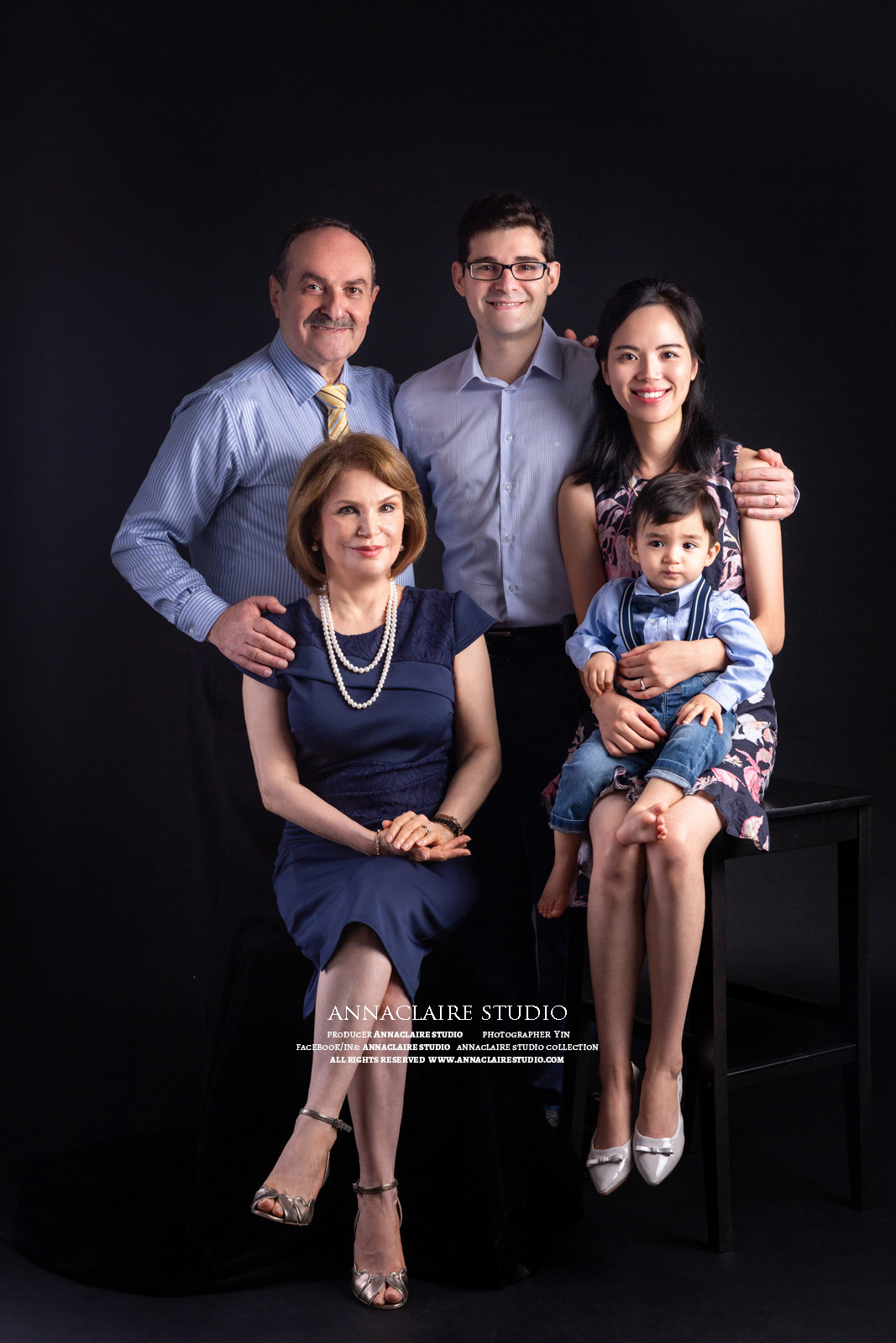 family photo  by AnnaClaire Studio (8 of 9).JPG