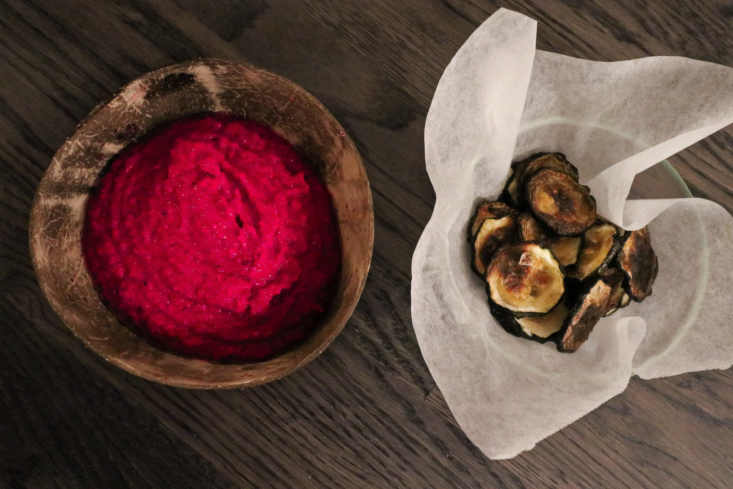 Beetroot hummus with zucchini chips Photo by Linda Haggh.jpg