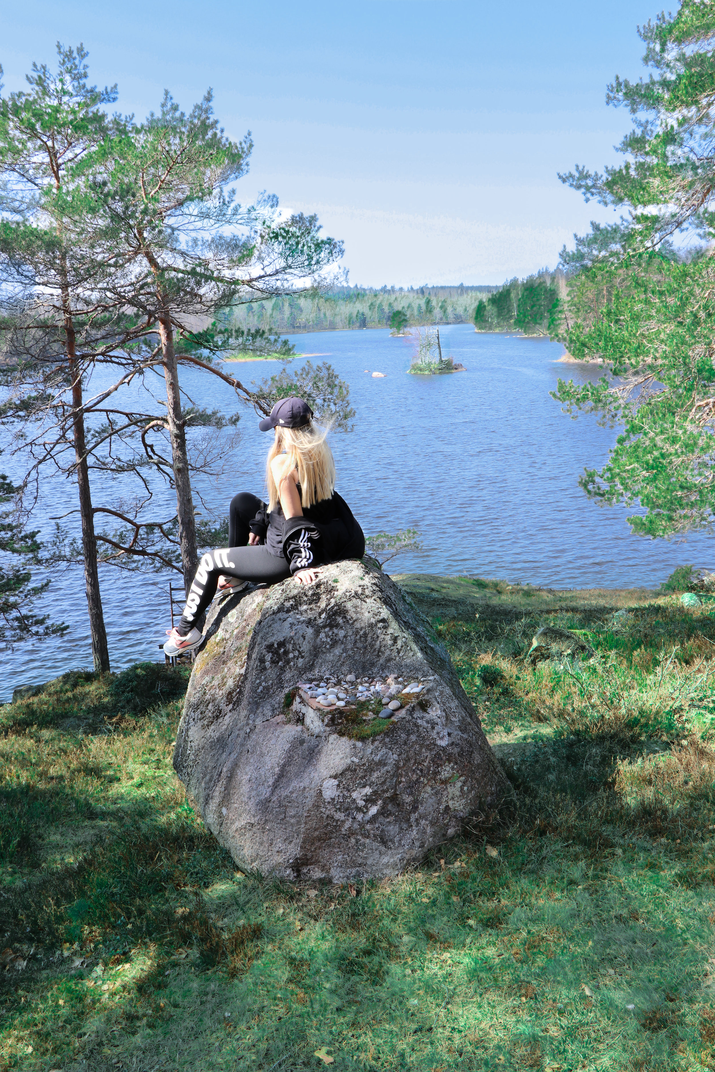 Workout in the Swedish forrest and nature by Linda Haggh.jpg