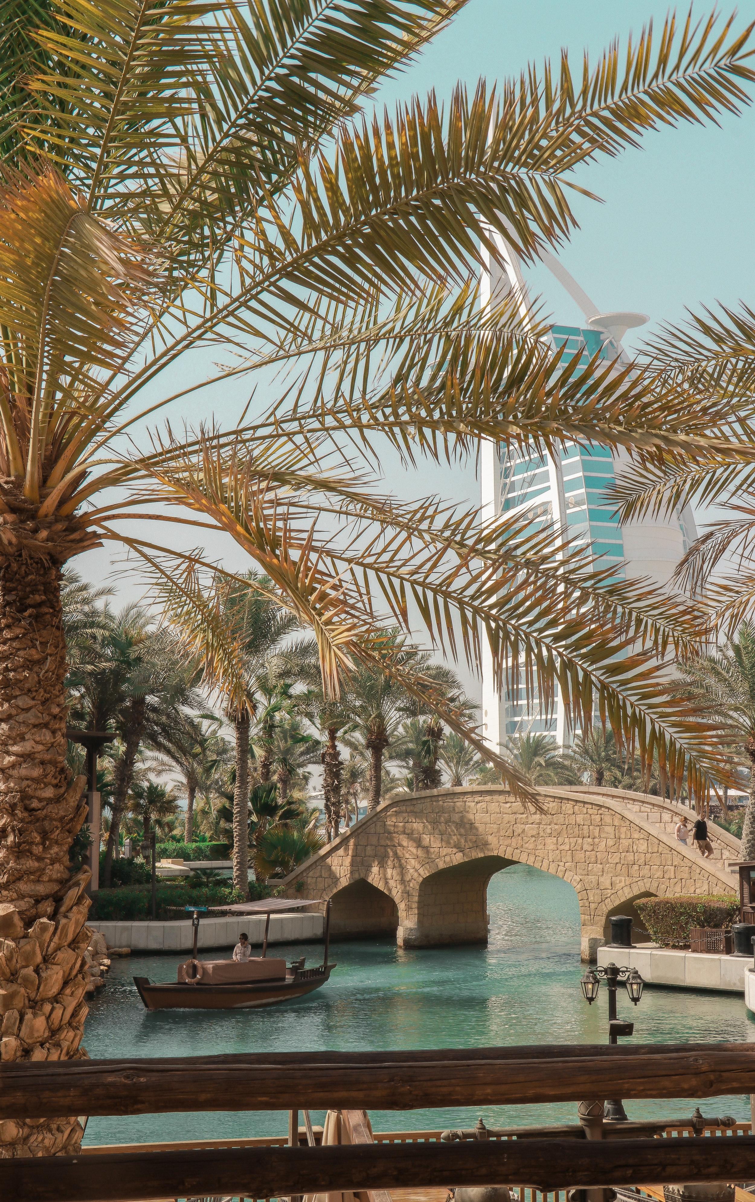 Dubai Jumeirah photo Linda Haggh.jpg