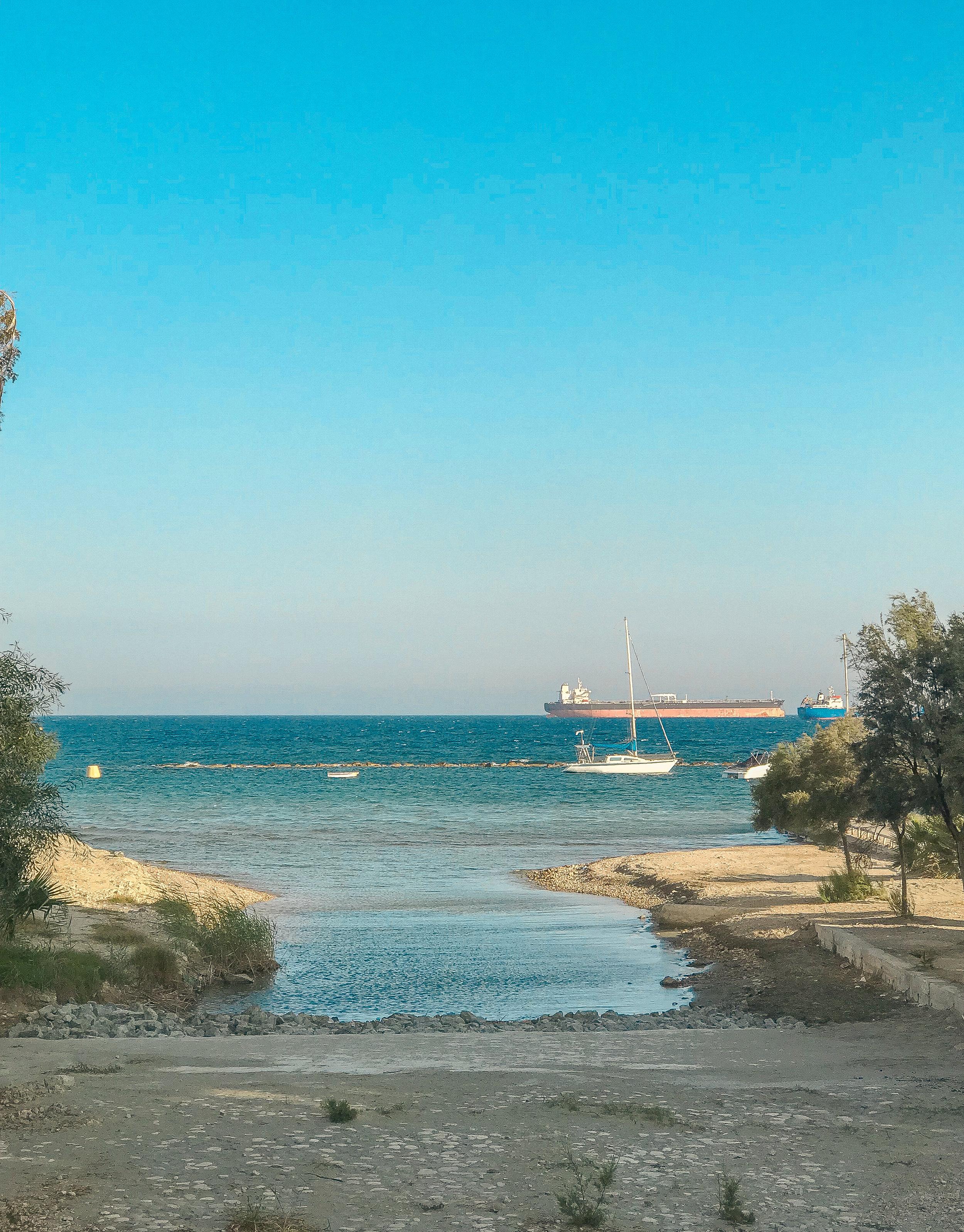 Limassol bay Cyprus www.lindahaggh.com.jpg