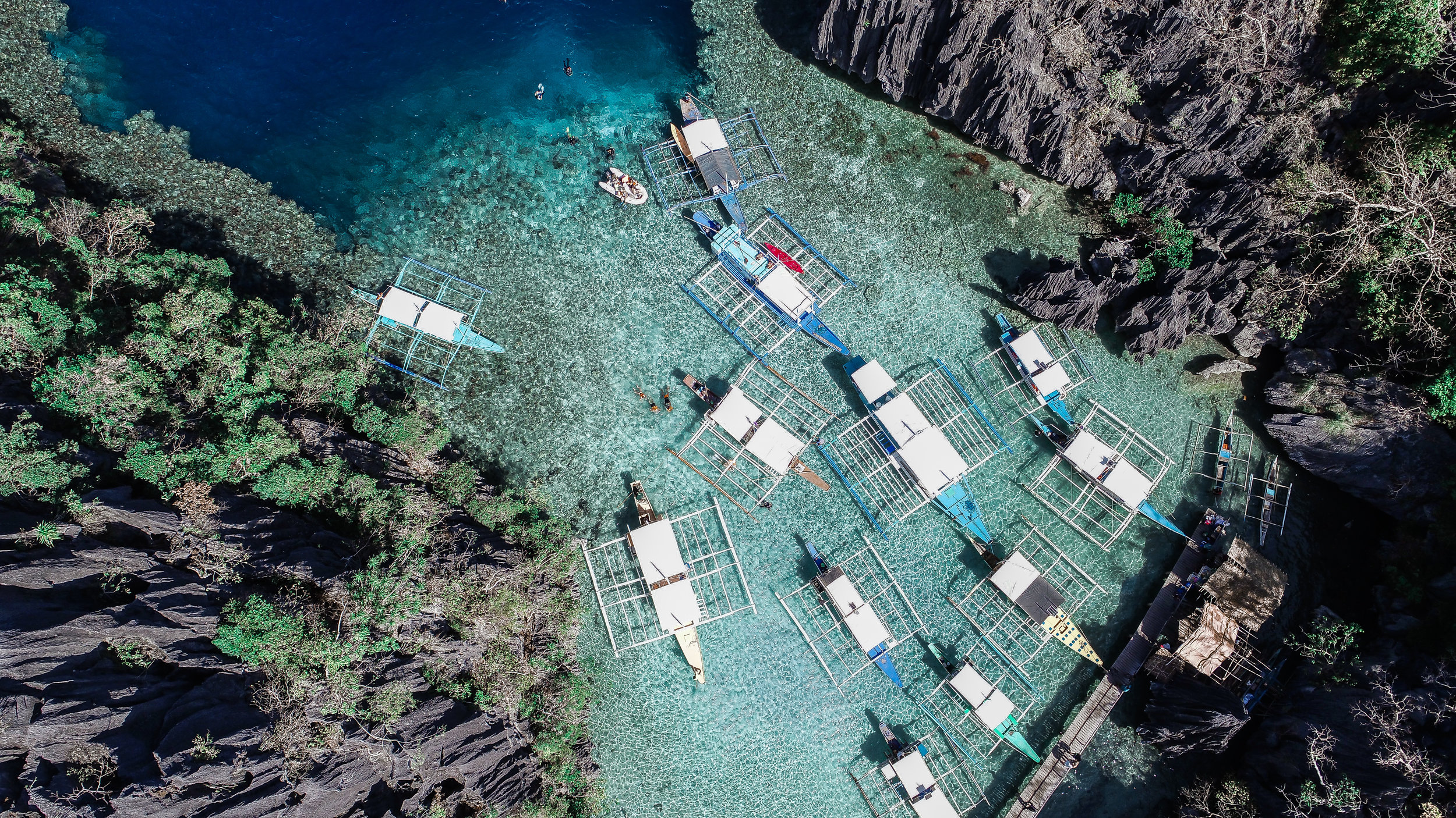Busy morning at Barracuda Lake in Coron, Philippines