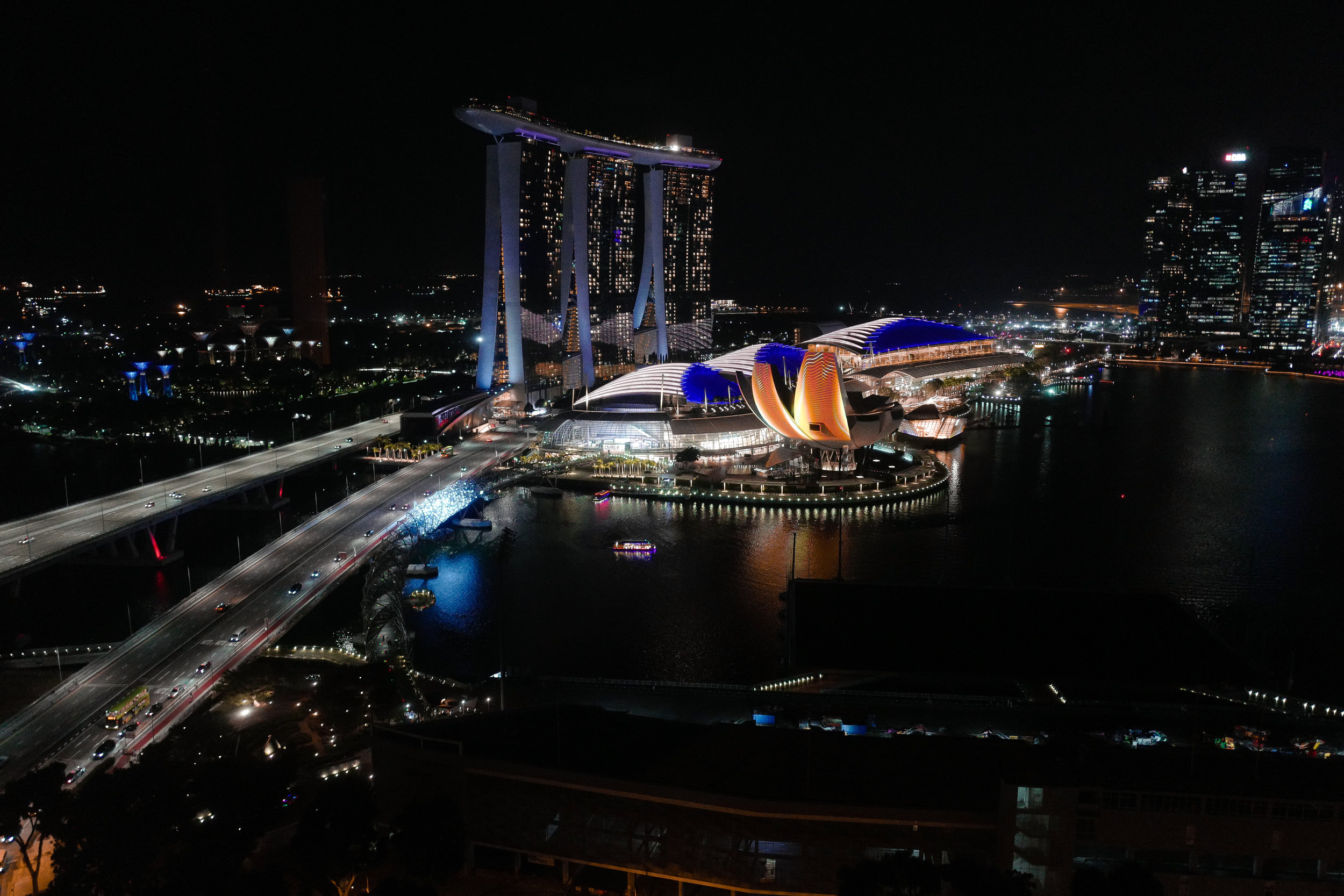 Spectacular Marina Bay view by night