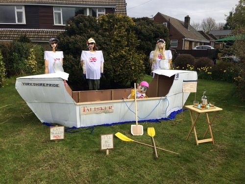 Click on the image to look at our scarecrow festival gallery