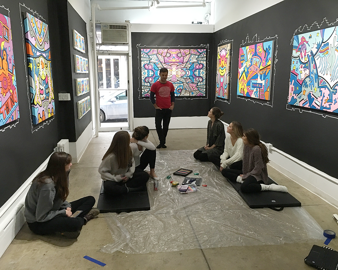 Psychedelic artist Chriss Reddy during a workshop at Filo Sofi Arts in NYC