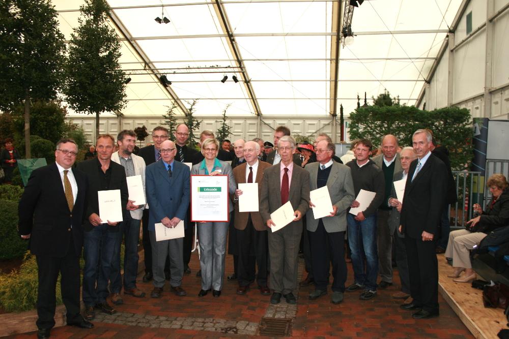 Feierliche Gründung der Deutschen Genbank Rhododendron auf der RHODO Westerstede 2010