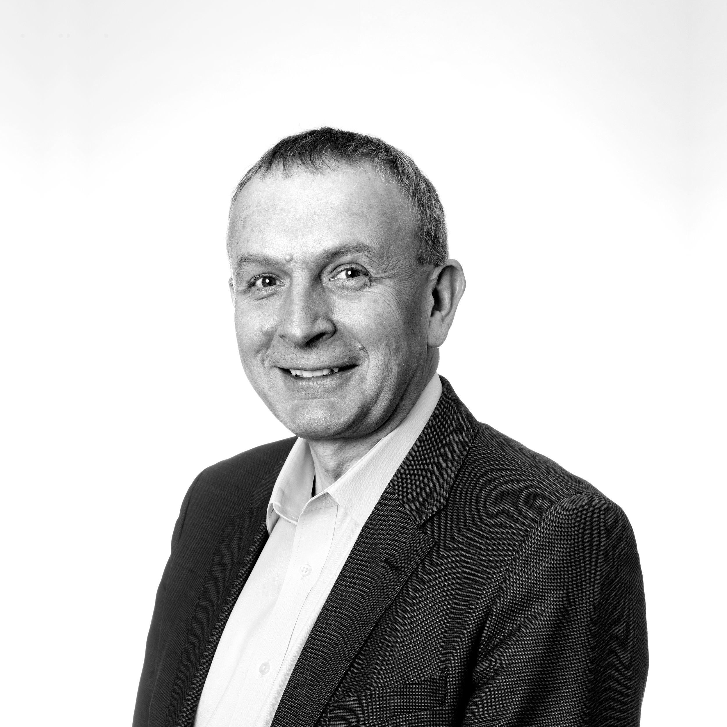 George Arnold | Knightsbridge Advisers