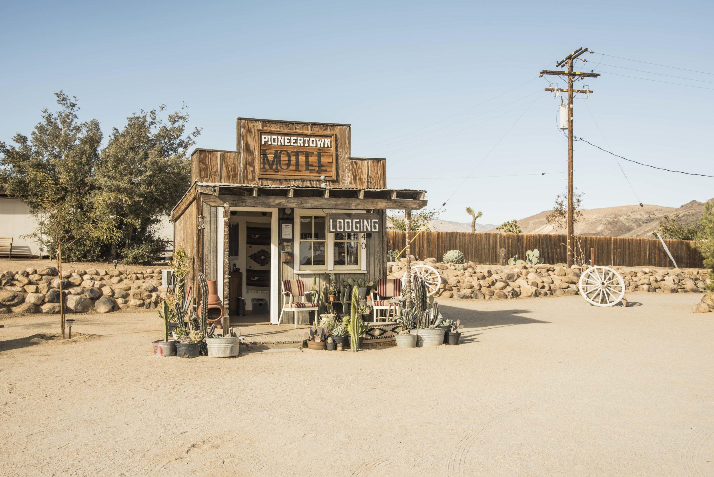 CallumBurns_Desert Motel.jpg