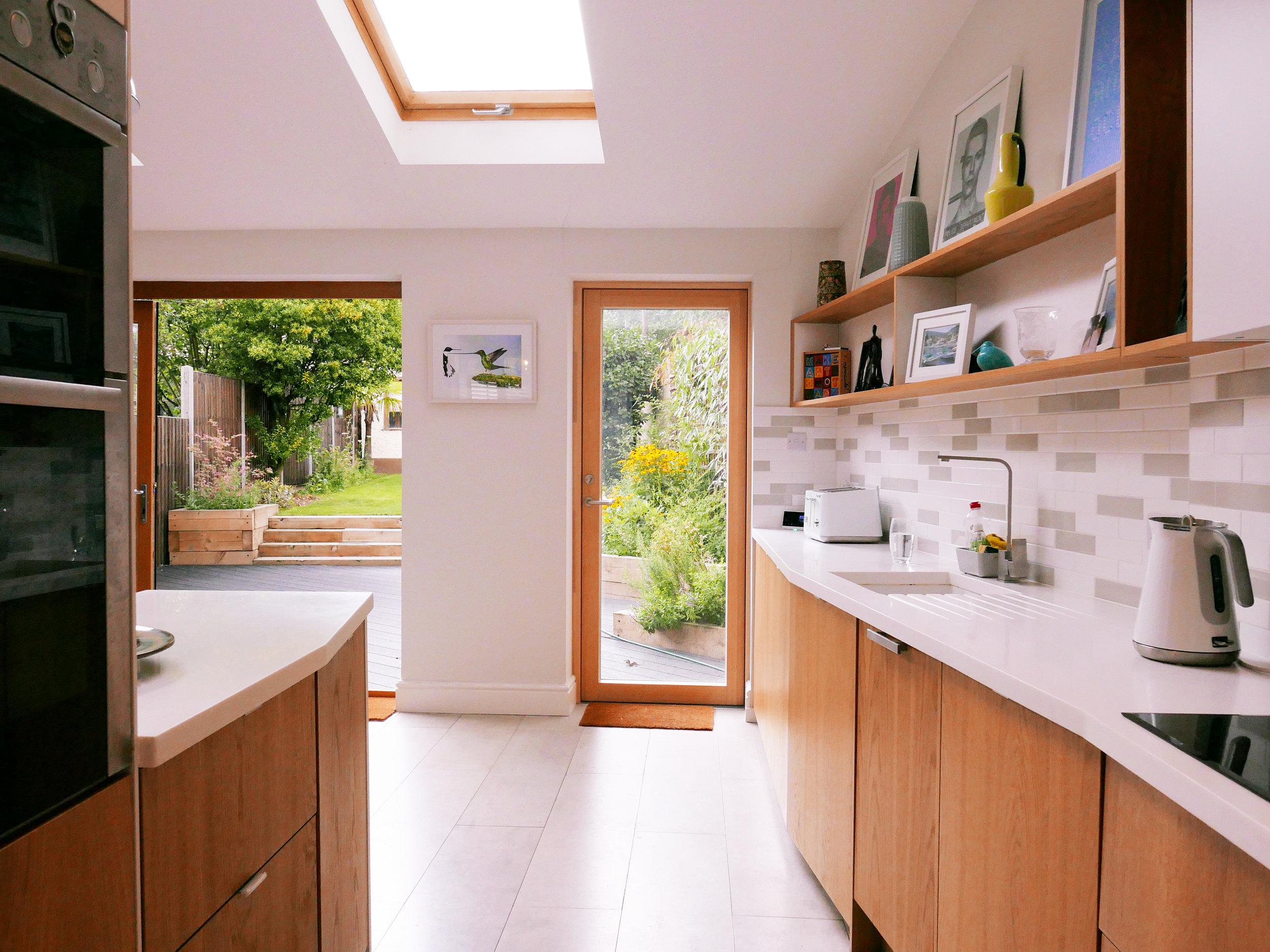 SW082_kitchen 3.jpg