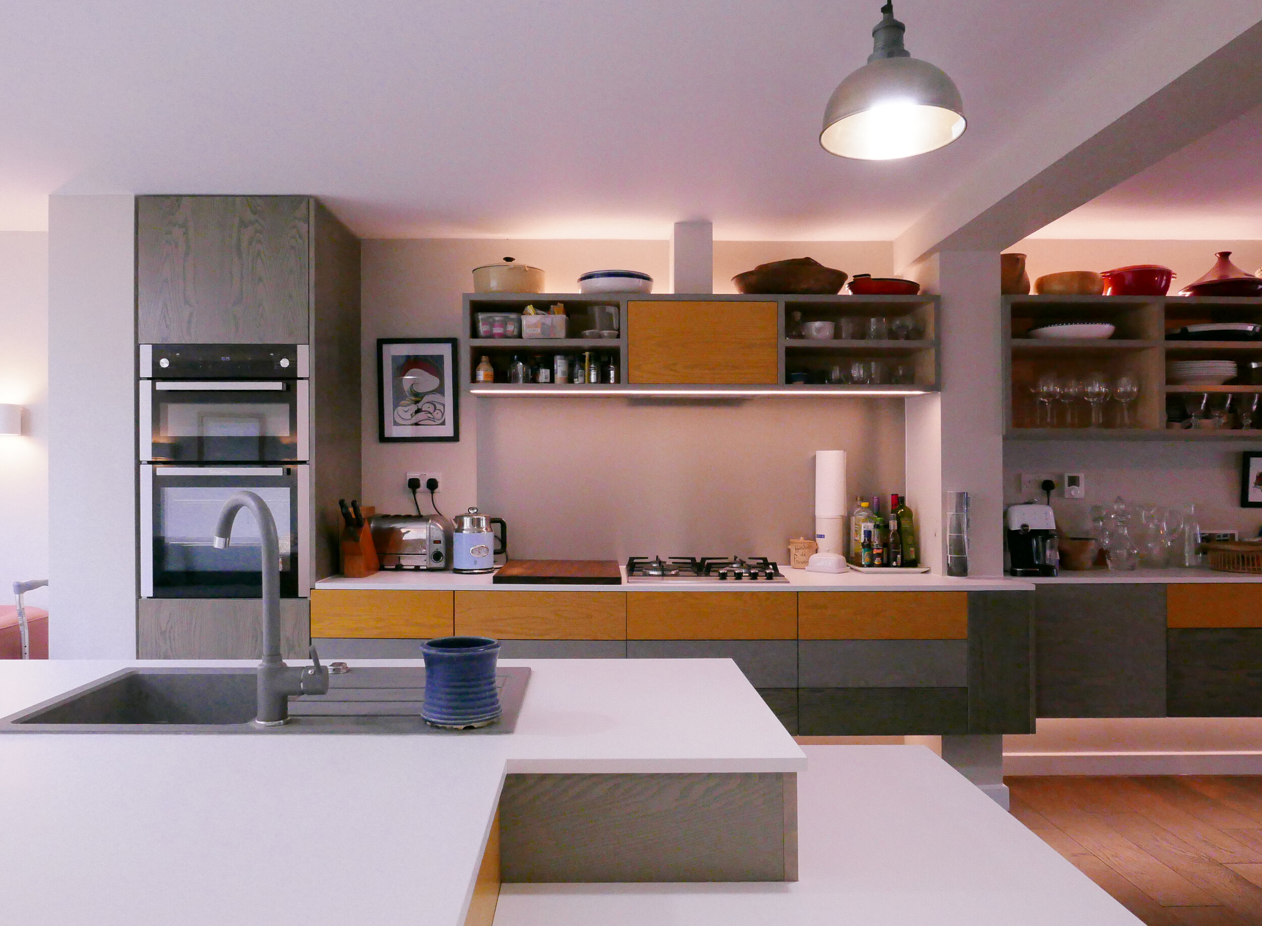 Bespoke Kitchen Design South Woodford E18 Push to Open Drawers