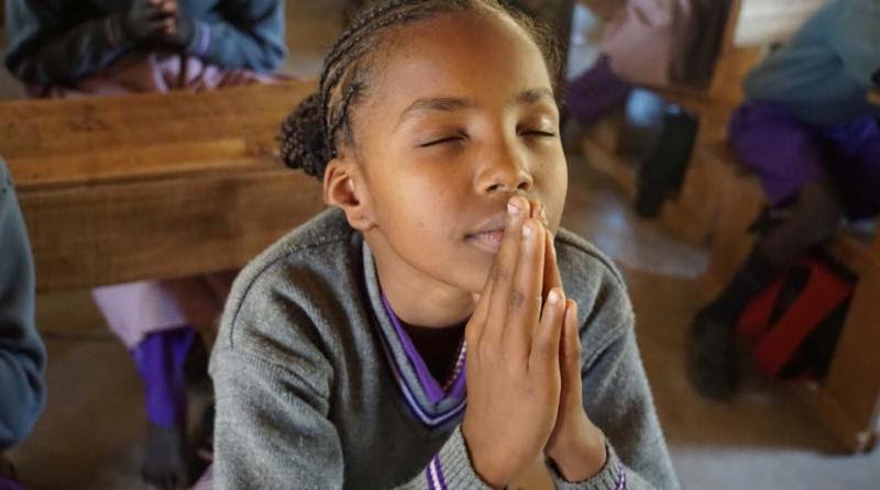 Girl_Praying_2018.jpg