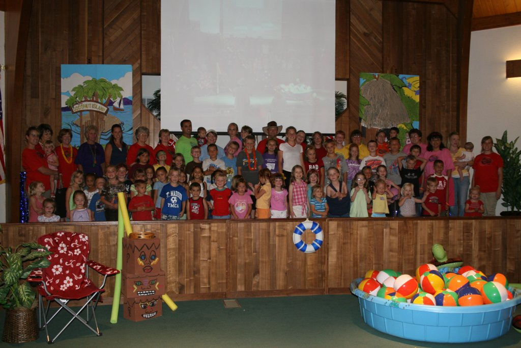VBS 2007 Group.jpg