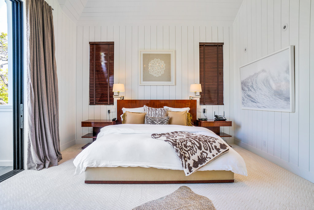 Click to See Bedrooms