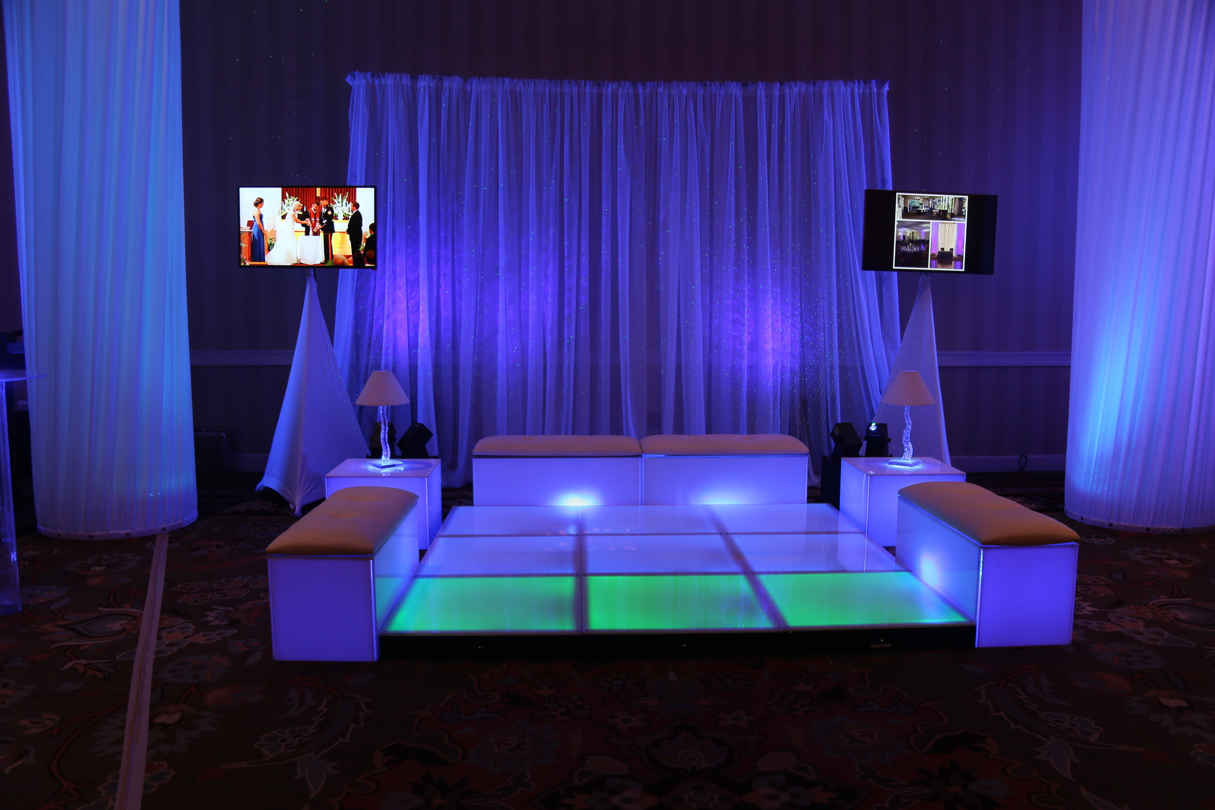 Ice Magic Lounge