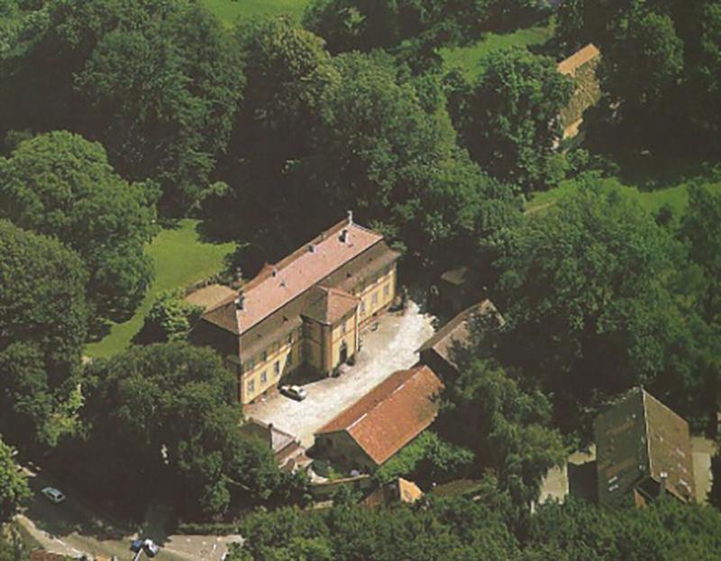 Schloss Ebnet – Luftbild aus dem Jahre 1984