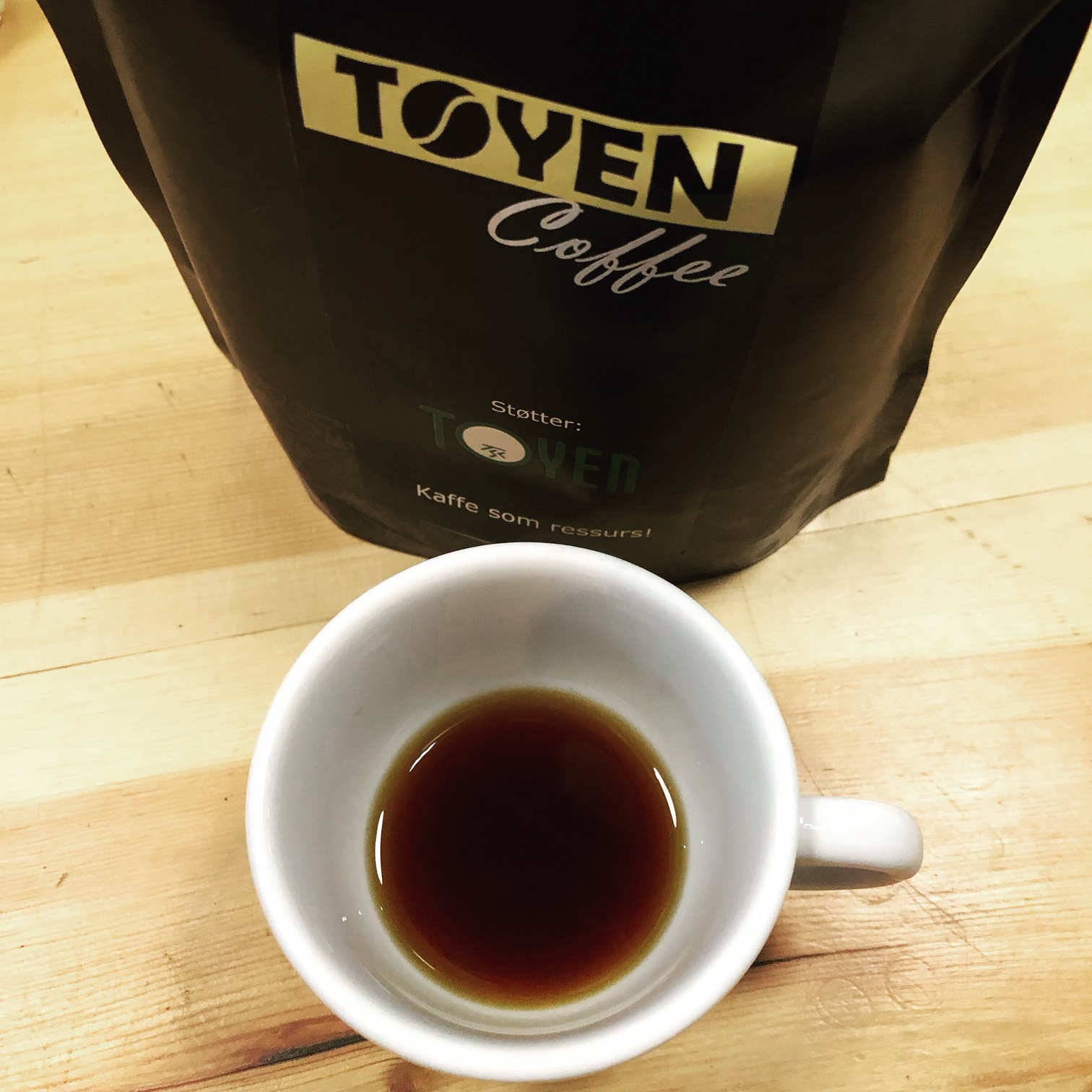 Den helt ferske Tøyen Coffee, utviklet av Independent Business Accelerator - IBA, med base på Aktivitetshuset K1 og Tøyen Unlimited. Tøyenkaffen kan bli en suksess, med god hjelp i starten. Den kan smakes på TSV Workbar, på Tøyen Torg.