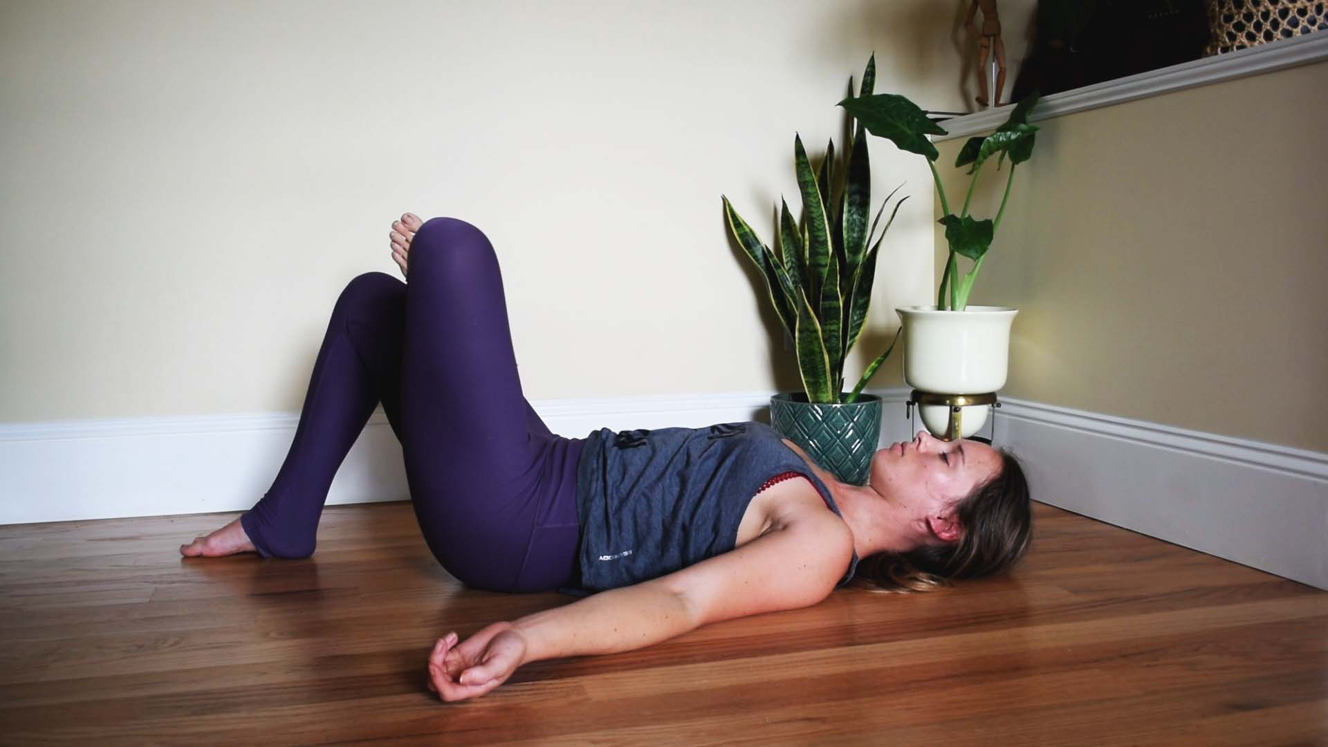 6. Counter-balance Long Hours of Travel - Do you ever have lower back or shoulder pain after a lot of traveling? If so, you are not alone. It is quite common! Here are three GREAT seated stretches to bring some balance back into your body:A) Figure Four [photo'd]B) Cat/CowC) Knees to chest.