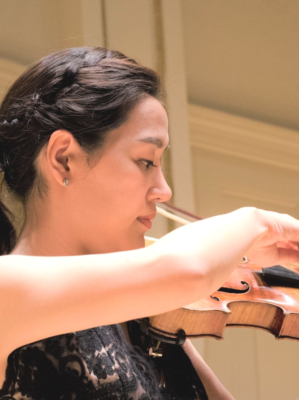 - Hyun Jung Kim, ViolinViolin Faculty, Concord Conservatory of MusicViolin Faculty, Sharon Music AcademyConcertmaster, Philharmonia Boston Chamber Orchestra